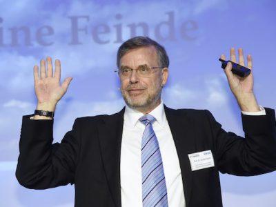 Prof. Dr. Gunter Dueck im Vortrag